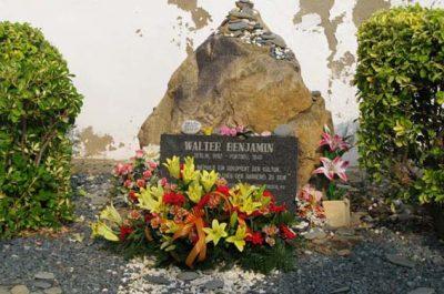 Placa d'homenatge a Walter Benjamin