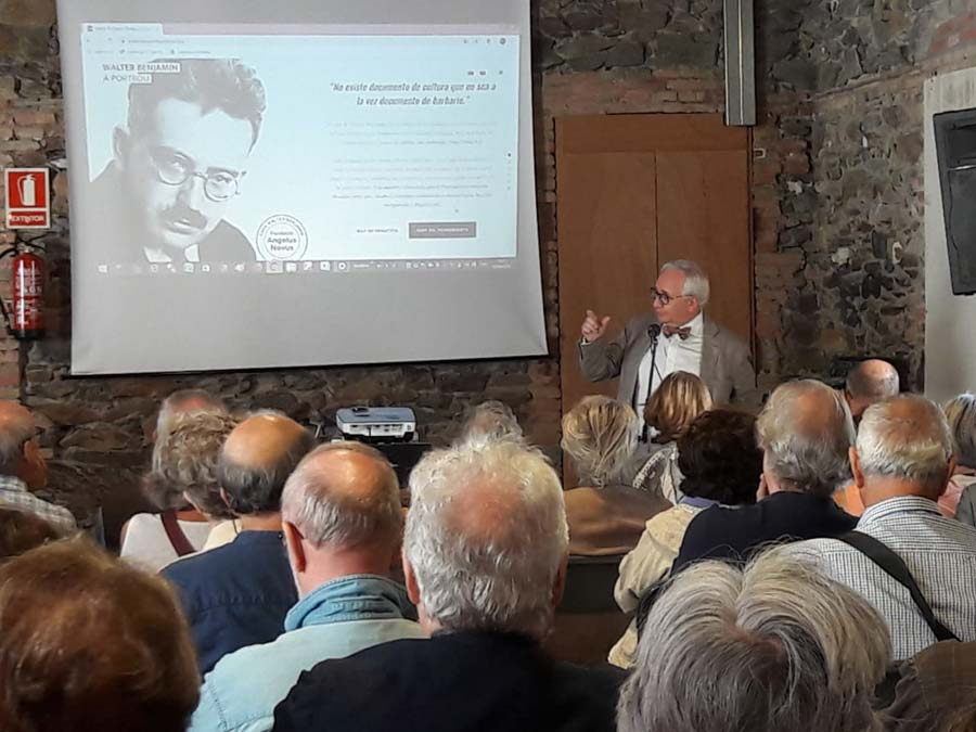 Presentació del llibre Walter Benjamin & Bertolt Brecht: trobada a Portbou / rencontre à Portbou. Casa Walter Benjamin, amb Carles Duarte